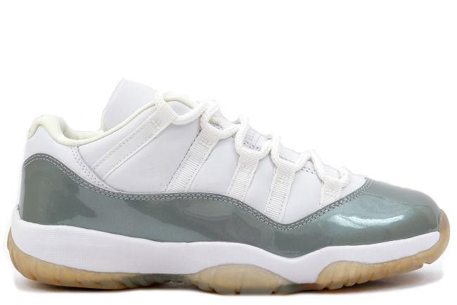 Air Jordan 11 Retro Low White / Silver